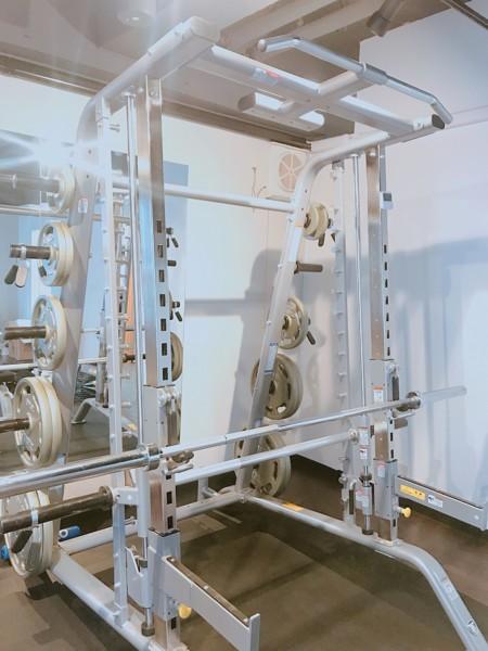 レガロス大宮店のトレーニングマシン